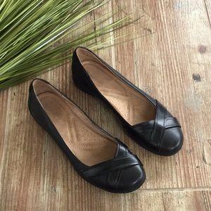 Naturalizer black leather flats Sz 8